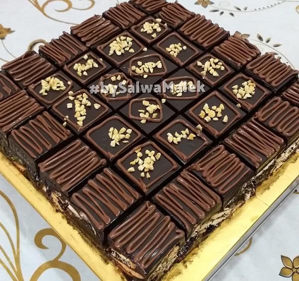 kek-batik-premium-kurang-manis-lembut-dan-rasa-crunchy-biskut